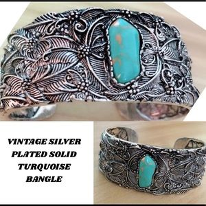 Jewelry - STUNNING SILVER PLATED TURQUOISE NATURAL BANGLE